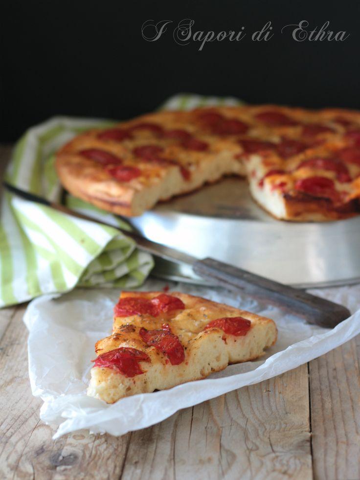 Focaccia con pomodorini ricetta pugliese perfetta - I Sapori di Ethra