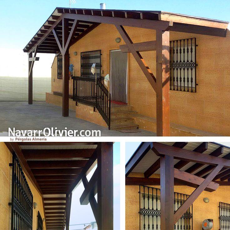 Porche para fachada de vivienda unifamiliar en madera para exterior con pendiente a dos aguas, pilares sujetos por tornapuntas simples y compuestos. >> Ver proyecto >> https://navarrolivier.com/PpElEjido.html  mas información: T: 687031565 e: info@navarrolivier.com w: https://navarrolivier.com/ CarpinteriaNavarrOlivier  #porche #carpinteria #arquitectura #tejado #madera #jabalcon #2aguas #navarrolivier #ElEjido #Almeria #pergola #madera