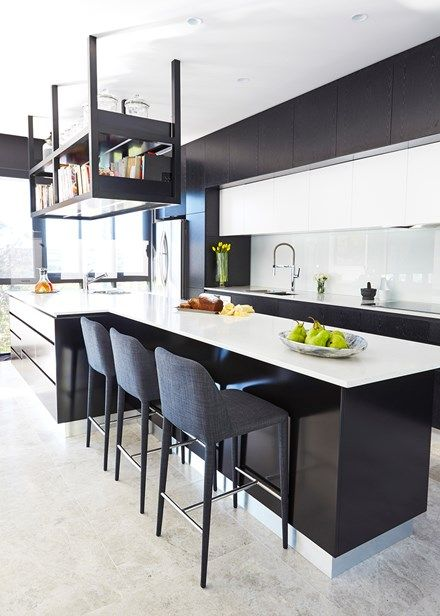 Amazing entertainers' kitchen in stunning black and white