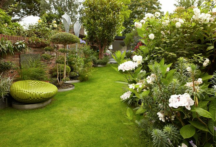 138 best images about long thin pretty garden on pinterest for Terrace garden ideas
