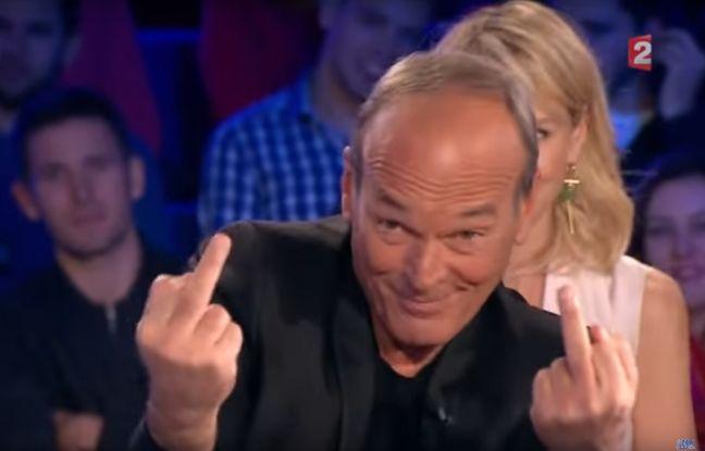 """Laurent Baffie sur le plateau d'""""On n'est pas couché"""" le 12 novembre 2016."""