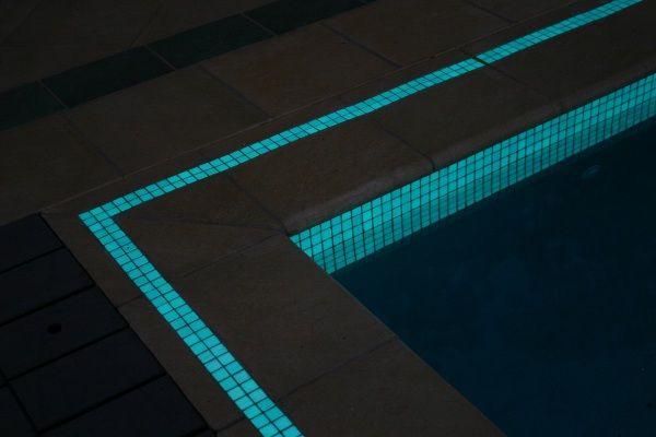 Aquablue glow tile range   Hotmelt glass mosaic, pool glass and tile supplier Sydney