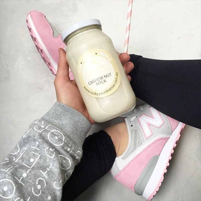 Fuel Your Body Post workout hydration: @luckyyoucleanse plus some @bareblends Vanilla WPI which we add to it for extra protein to help our muscles recover. So yummy!!! Don't forget to follow us on snapchat @basebodybabes to see what we have been getting up to #basebodybabeslove #basefuel #smoothies #workout #gym #adidasstellasport #bbpinks #basebodybabes #happy #healthy #fit #strong #personaltrainers #fuelyourbody