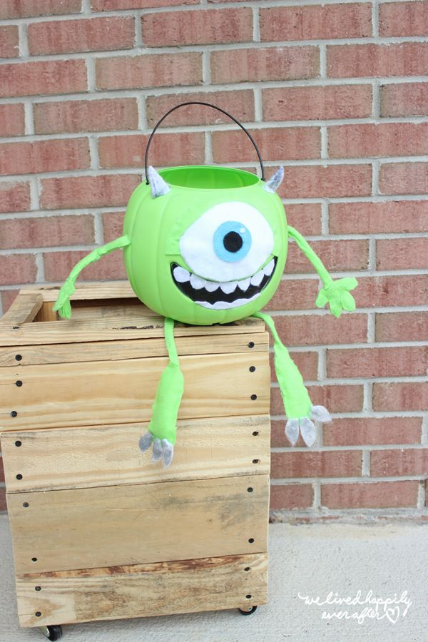 Mike Wazowski Halloween Pumpkin
