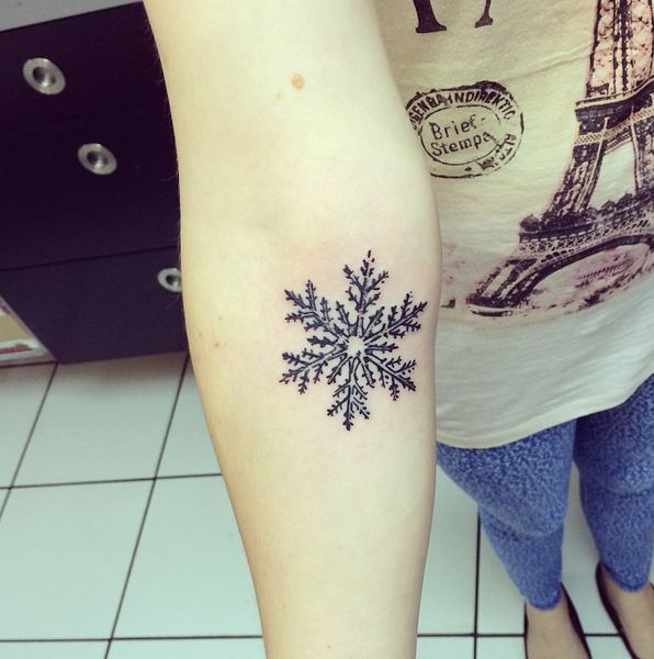 snowflake tattoo #ink #youqueen #girly #tattoos #snowflake