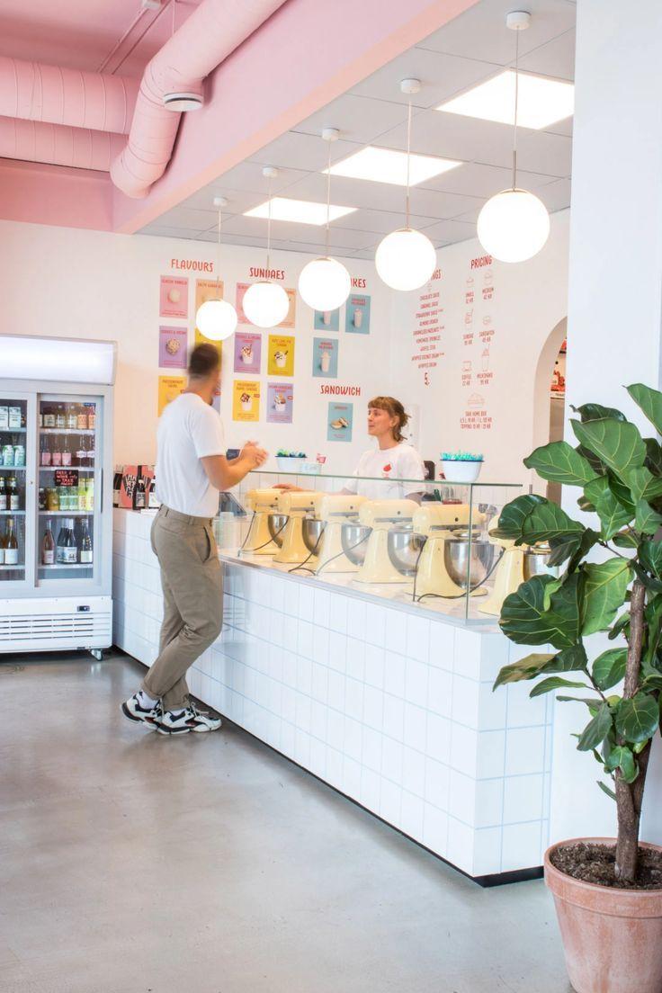 Bakery Shop Design, Coffee Shop Interior Design, Restaurant Interior Design, Store Design, Tea Room Decor, Ice Shop, Bakery Store, Gelato Shop, Small Cafe Design