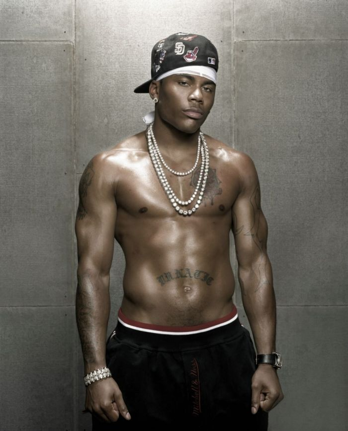 nelly   Michael Vick and (rapper) Nelly team up with Celebrity Sweat to do a ...