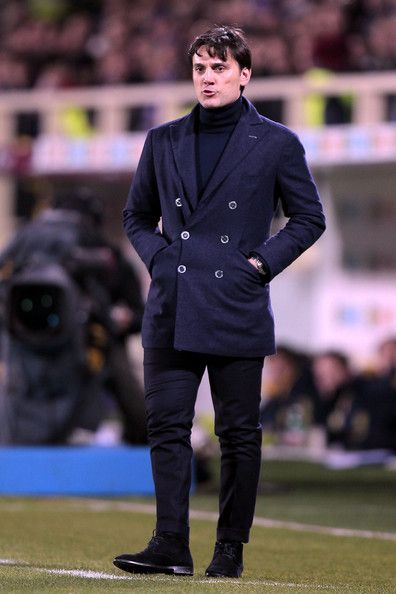 Vincenzo Montella head coach of ACF Fiorentina looks the TIM Cup match between ACF Fiorentina and AC Chievo Verona at Artemio Franchi on January 8, 2014 in Florence, Italy.