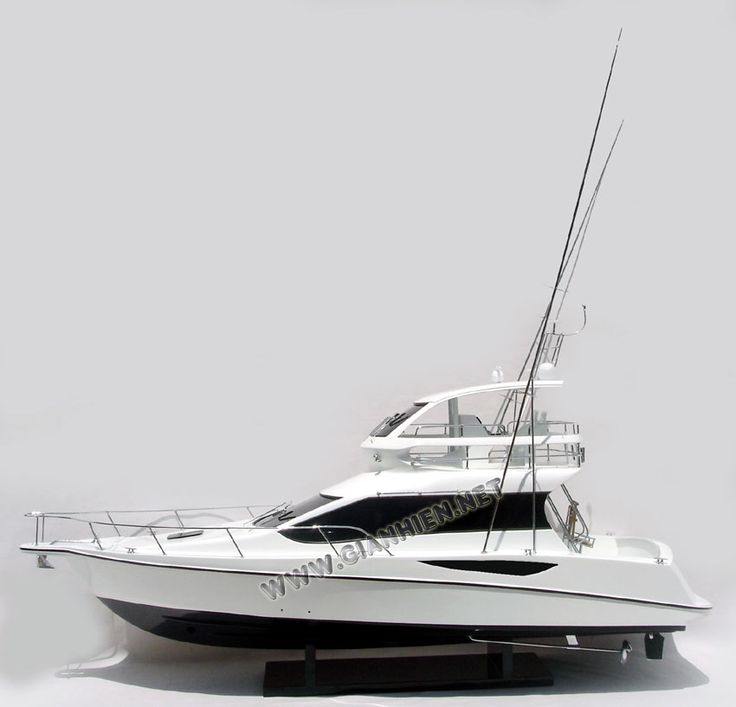 MODEL YACHT TOYOTA PONAM 35The innovative, powerful Ponam-35, announced in September, is designed for pleasure cruising and fishing
