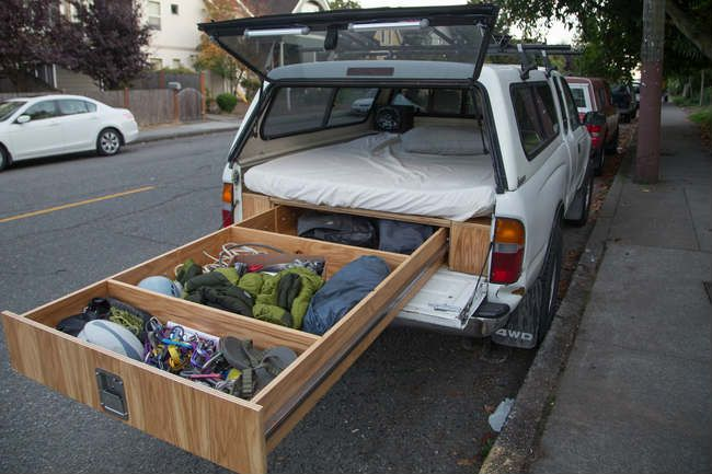 This is a huge DIY project, but that is soooo awesome!! It would take camping to a whole new level!