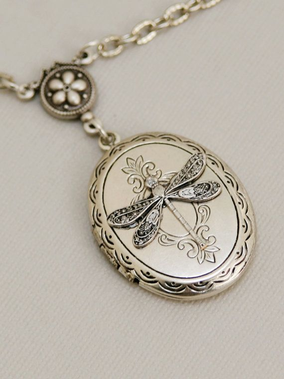 Libellula Locket gioielli regalo medaglione di emmalocketshop