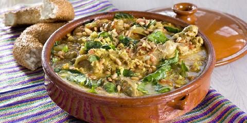 Afghansk lammegryte med spinat - Dersom du er lysten på å prøve en gryterett utenom det vanlige, anbefales denne fra Afghanistan.