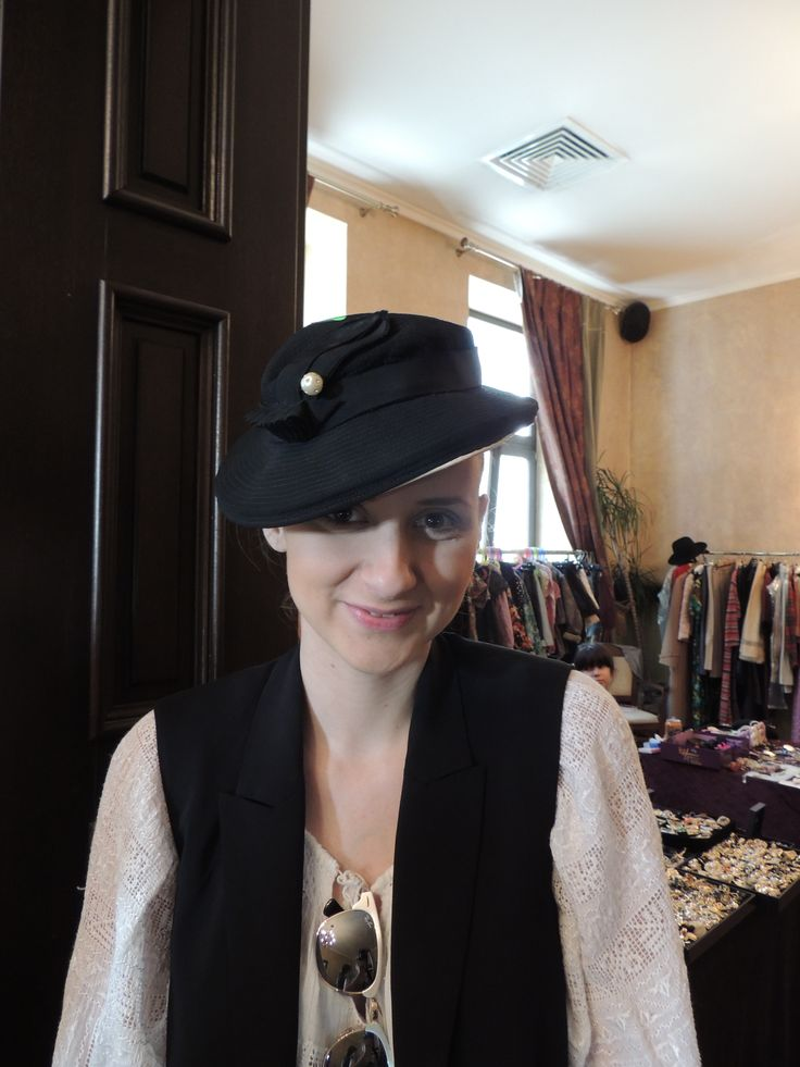 1930s tilt hat & pearl hat pin worn with a traditional Romanian boho blouse & black vest.