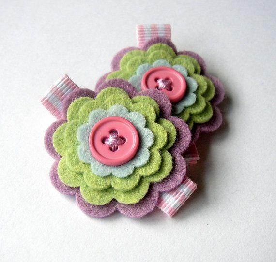 Felt flower clip- cute!