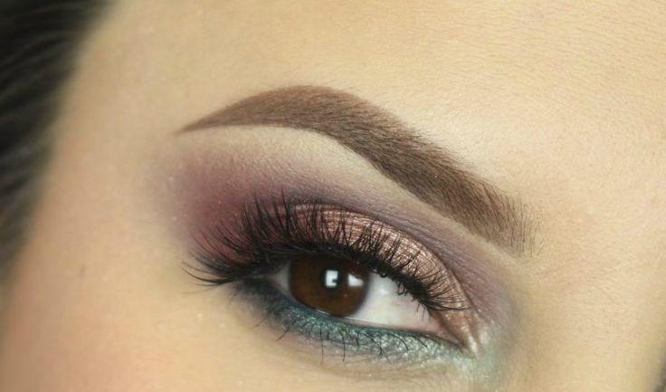 #sexi #love #make-up #dyi #diy #make-up #tutorials #eyes #eyes-tutorials #beauty #cosmetics #eyes-shadow #maskara #licenie #liner #beautiful #pretty #pink #gil #woman #womanbeauty #womanpower #love #follow4follow #followforfollov #like4like #likeforlike #picoftheday #amazing  Krok za krokom: Netradičná farebná kombinácia - KAMzaKRÁSOU.sk