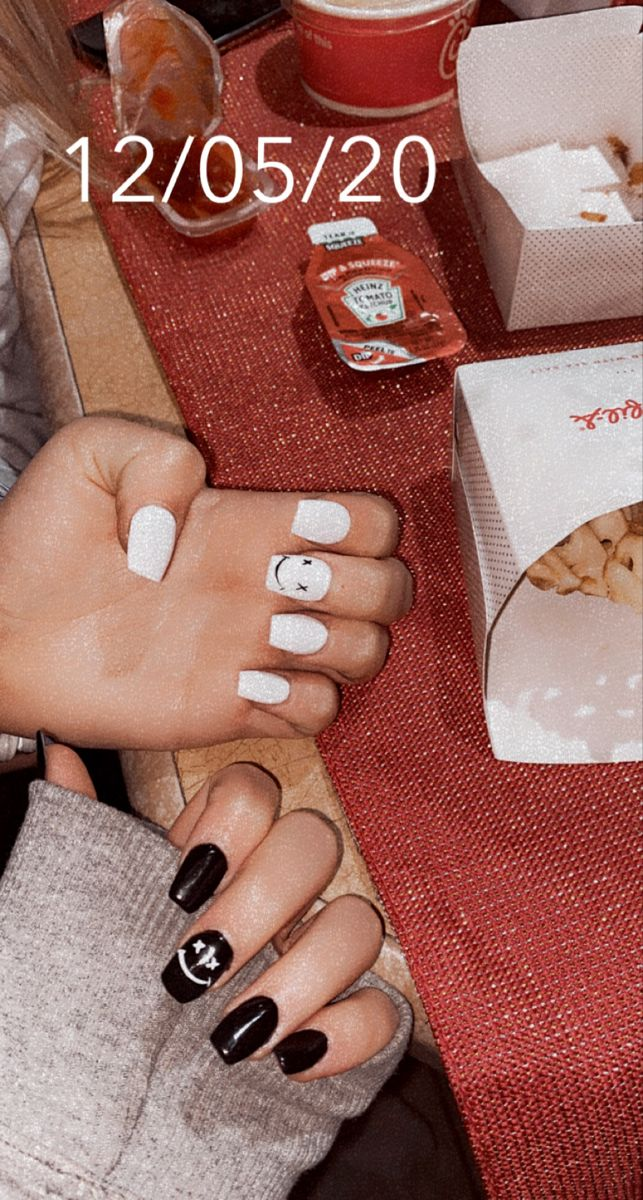 New Nailsss White Acrylic Nails Short Acrylic Nails Designs White Nails Chanel west coast had a variety of colors and nail art designs: new nailsss white acrylic nails