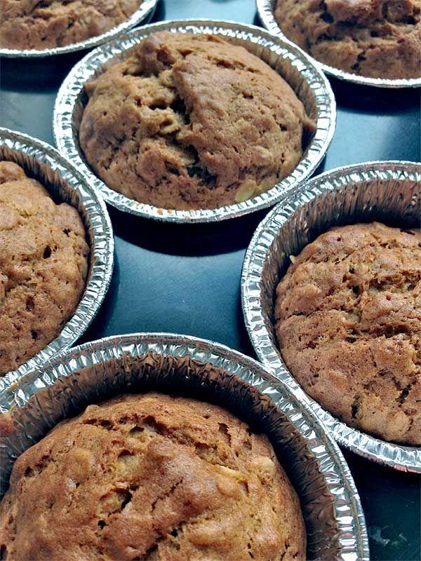 Ricetta per 9 Muffins Ingredienti: 180 g di farina di farro 80 g di fiocchi di avena 100 g di zucche