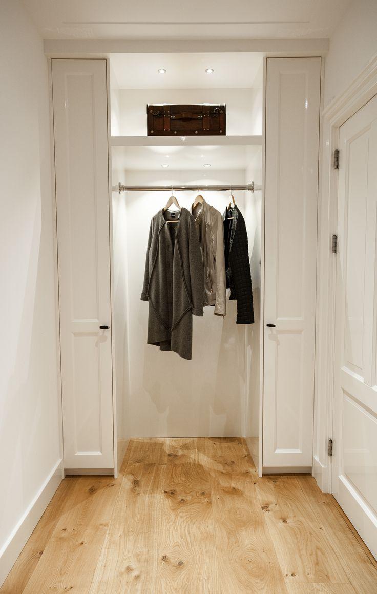 Mooie garderobekast in de hal
