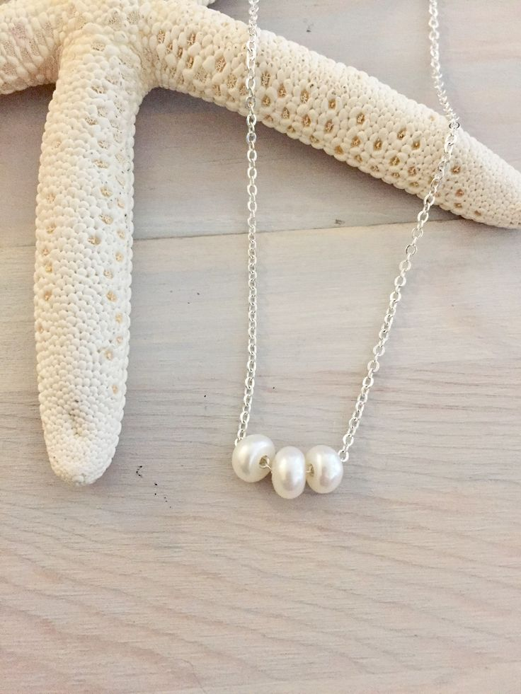 Floating Pearl Necklace - Pearl Bridesmaid Necklace - Freshwater Pearl Necklace - Pearl Wedding Jewelry - White Pearl Necklace -Dainty Pearl