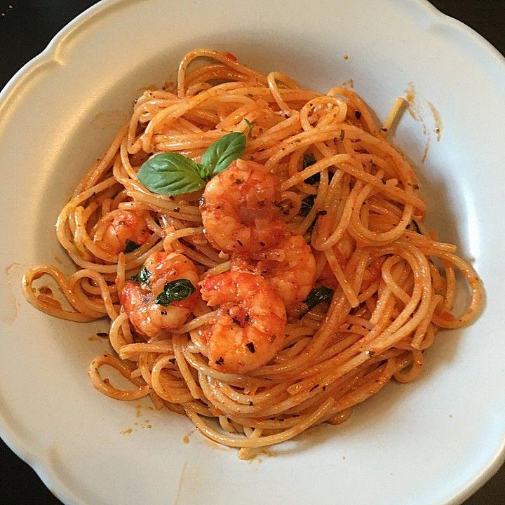 Spaghetti Knoblauchöl und Scampi   – Pasta