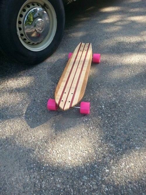 Fishtail cruiser longboard skateboard