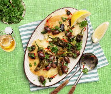 V.32 #2. Stekt saganaki med pimientos de padron och oliver