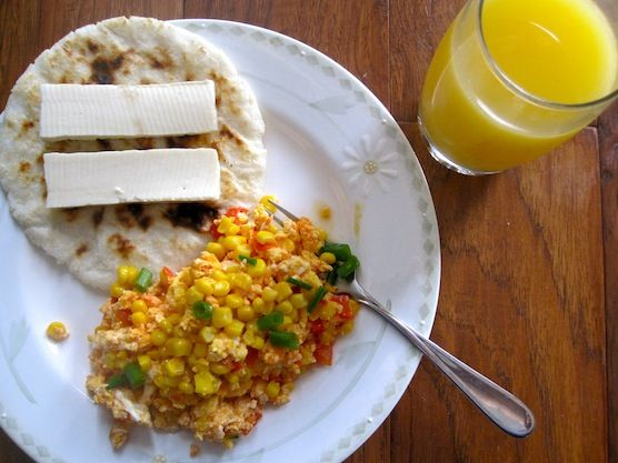 Huevos Pericos con Choclo or Scrambled Eggs with Corn and Tomatoes