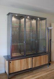 bahut-vitrine-moderne-métal-verre-bois-massif