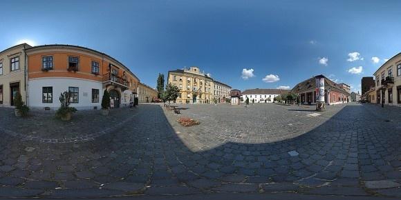 la piazza principale di Óbuda