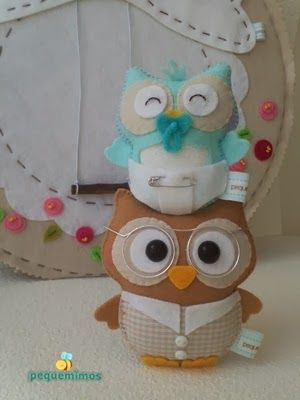cannot read this but very cute owls