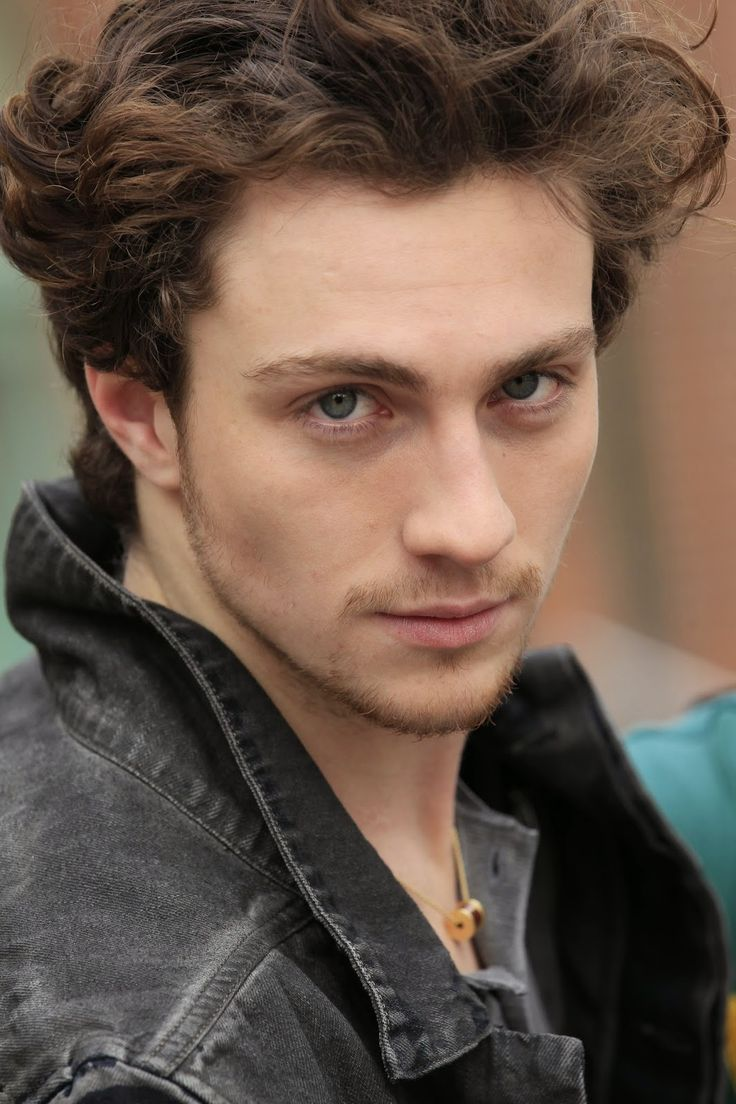 Aaron Taylor Johnson P...