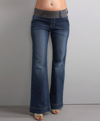 LOVE LOVE the tops of these jeans!! FINALLY! They look comfy!! #zulily Maternity Fashion Week