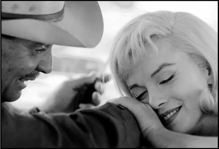 "Cornell Capa. Actors Marilyn MONROE and Clark GABLE on the set of ""The Misfits"", 1960 (Американские актеры Мэрилин Монро и.. http://udavich.blogspot.com/2017/02/cornell-capa.html"