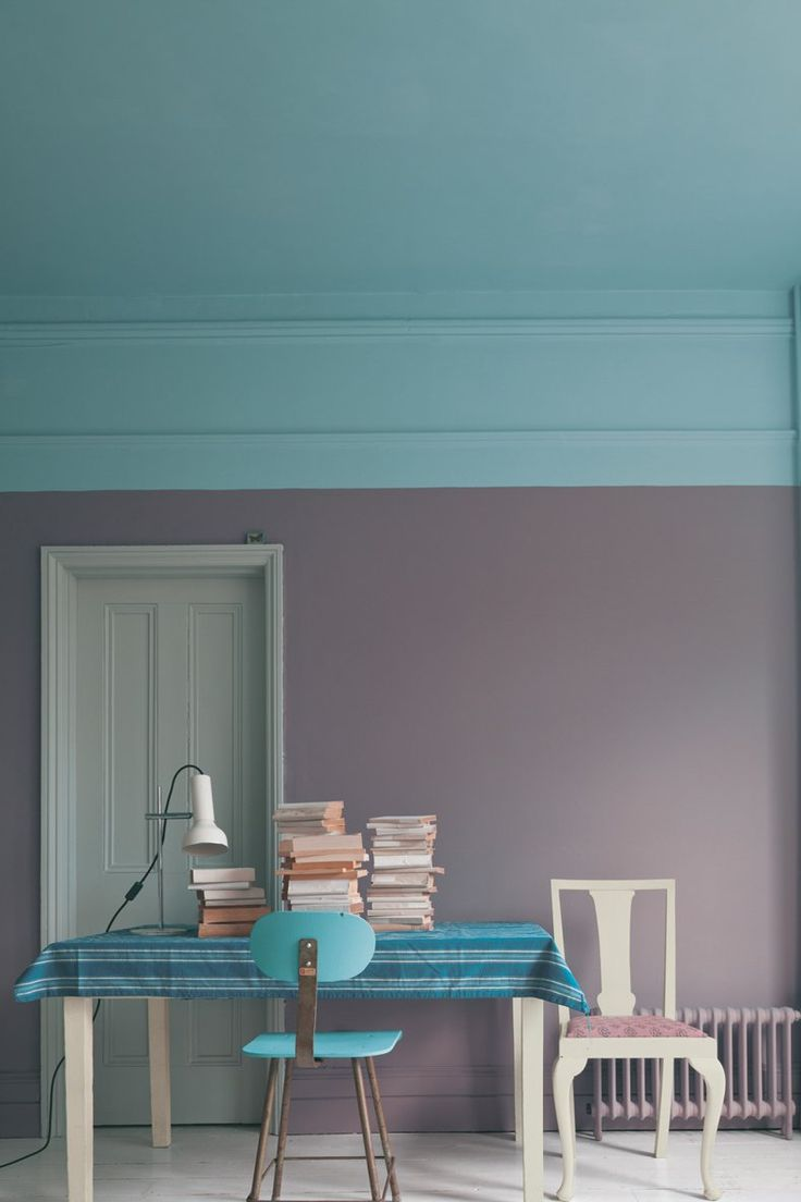 GREAT list of 2018 paint color trends from all of the major paint companies (Benjamin Moore, Sherwin Williams, Behr, Pantone and others). I love that I can see them all in one place with pictures of what the colors look like in interior design. #2018coloroftheyear #2018paintcolortrends #interiordesigncolortrends