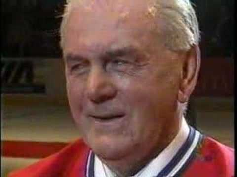 Last game at the Montreal Forum - Maurice Rocket Richard standing ovation