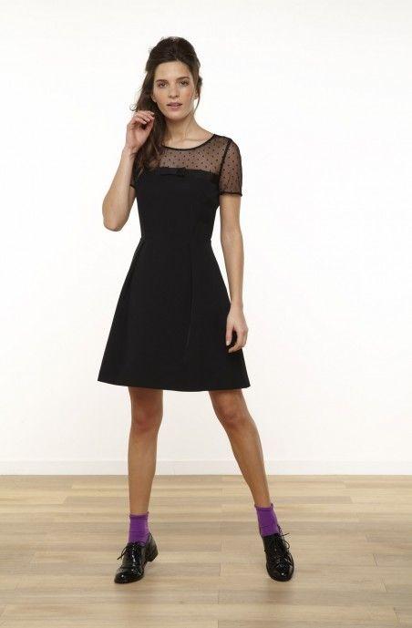 4c36afb2897 Robe cintrée à manches courtes détail plumetis noir - robes ...
