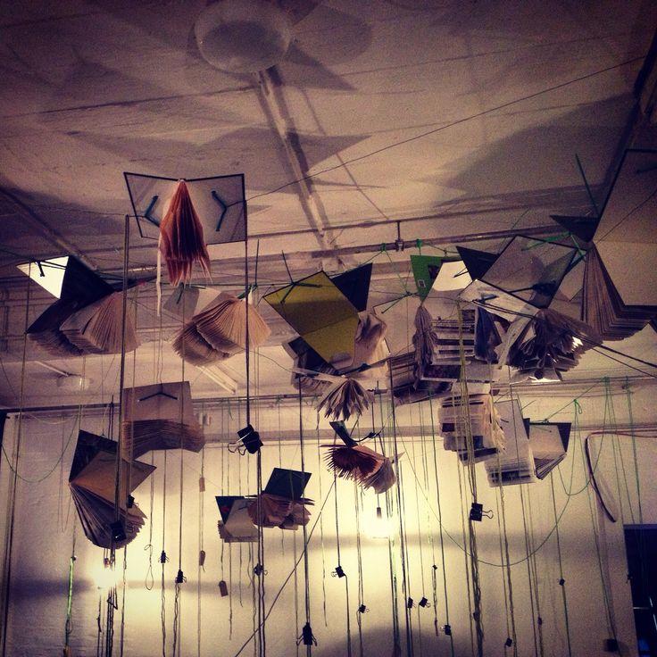 #art #installationArt #kunstinstallatie #karingerfen #ZumWünschenLinks #Köln
