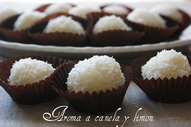 Aroma a canela y limon: BOLITAS DE LECHE CONDENSADA Y COCO