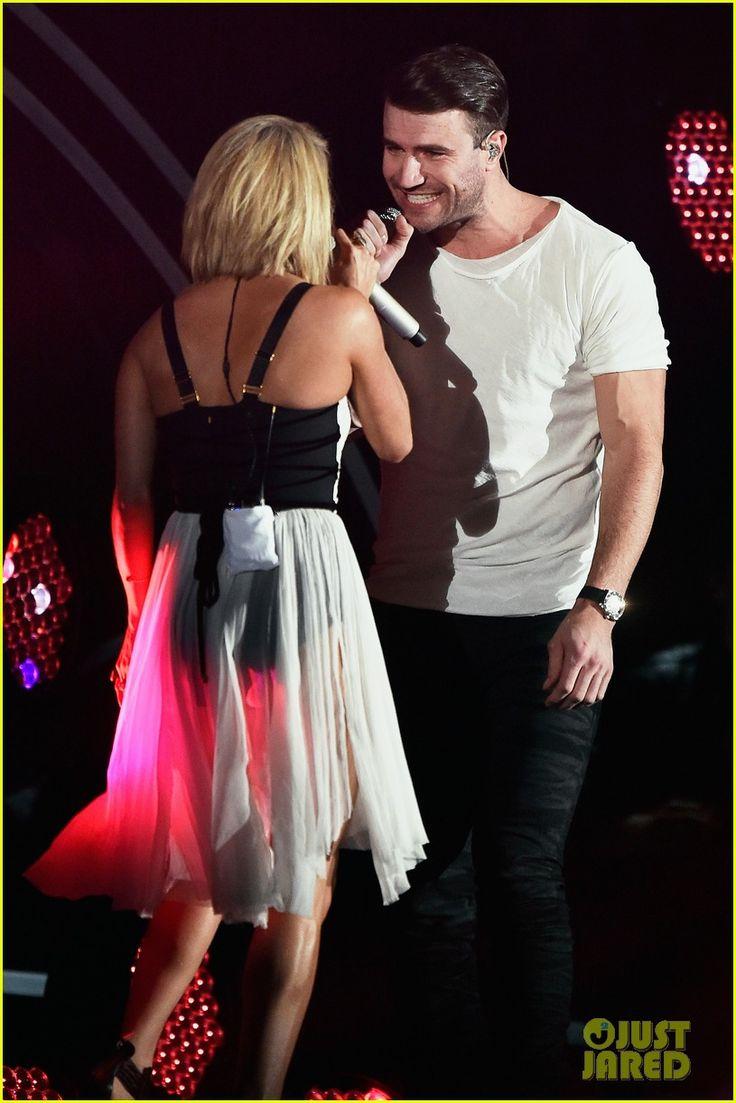 Carrie Underwood & Sam Hunt's Grammys 2016 Duet Performance Video - Watch Now!