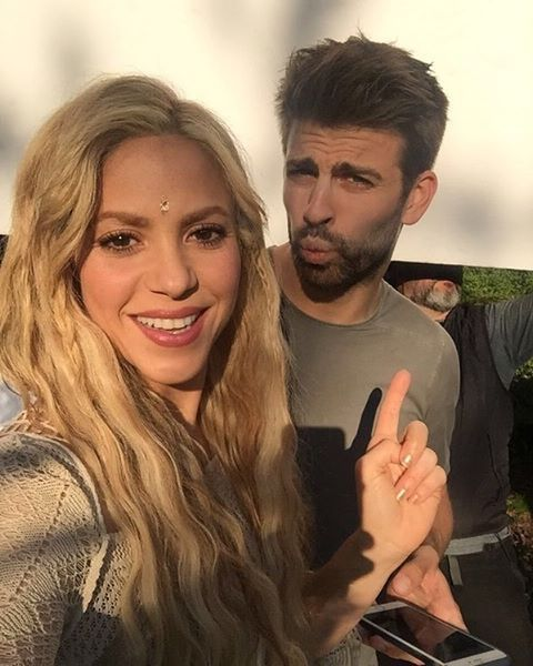 Shakira Hairstyle-Hair Colors
