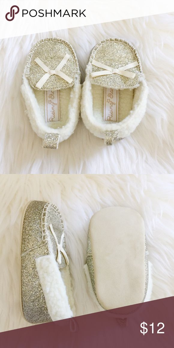 Gold Glitter Baby Girl Fuzzy Loafers Super sweet and cozy gold glitter baby girl loafers perfect for your fashionable little mini me! Worn once. Reasonable offers always accepted. Bundle more to save more ⭐️✨ Shoes