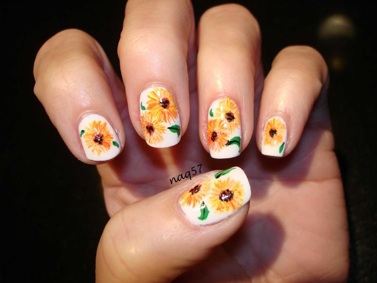 25 unique sunflower nail art ideas on pinterest sunflower nails freehand sunflowers nail art design httpinstagramnaq57 prinsesfo Choice Image