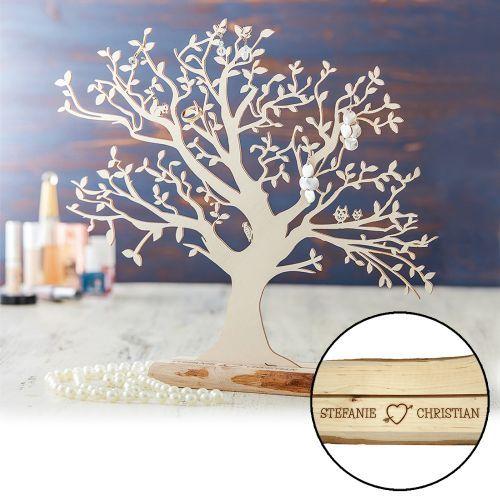 Ob als Schmuckständer oder Geldhalter, der Baum mit Sockel - für Paare ist ein schönes Holzgeschenk zum Verschenken an den Partner oder an andere Paare.