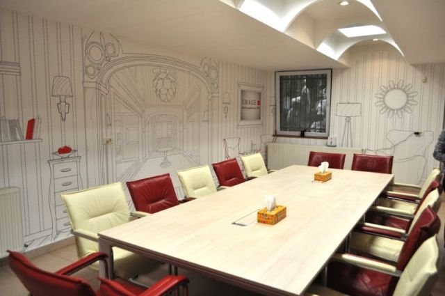 Image PR - Bucharest meeting room: HP PVC-free Wallpaper, custom design created by Matei Apostolescu