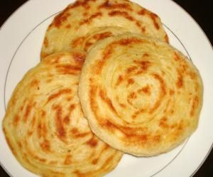 Traditional Moroccan Ramadan Recipes: Meloui - Round Moroccan Pancakes