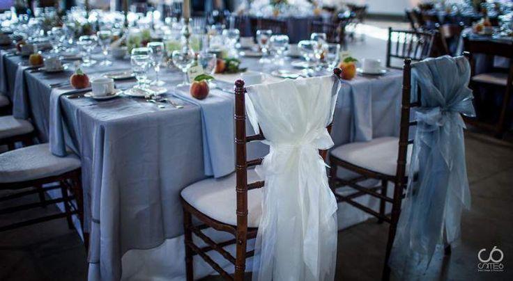 rustic romantic wedding - Peach & History wedding headtable decor Wedding planner: Site 6 Events ltd www.site6events.com