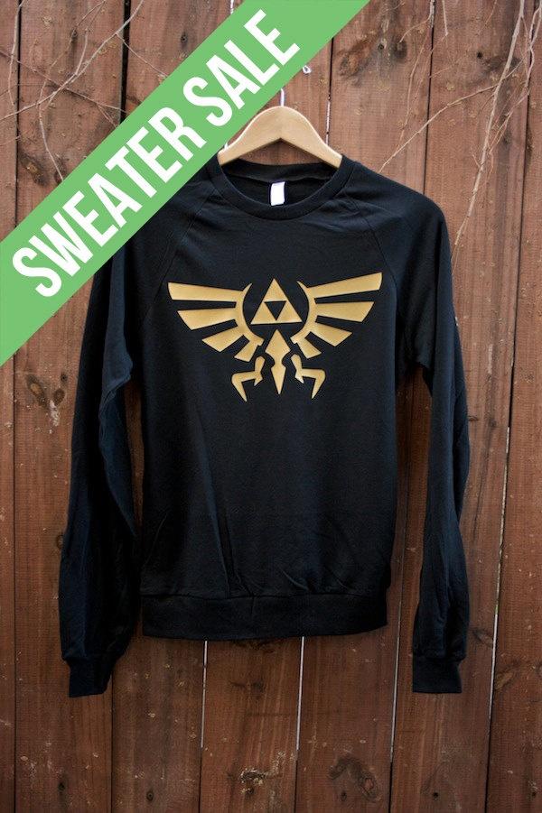 SWEATER SALE Unisex Zelda Sweater The Hyrule par DebbieMarine