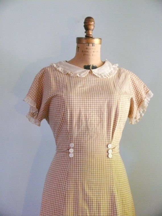 1930s vintage dress // Gingham dress by AdelaideHomesewn on Etsy