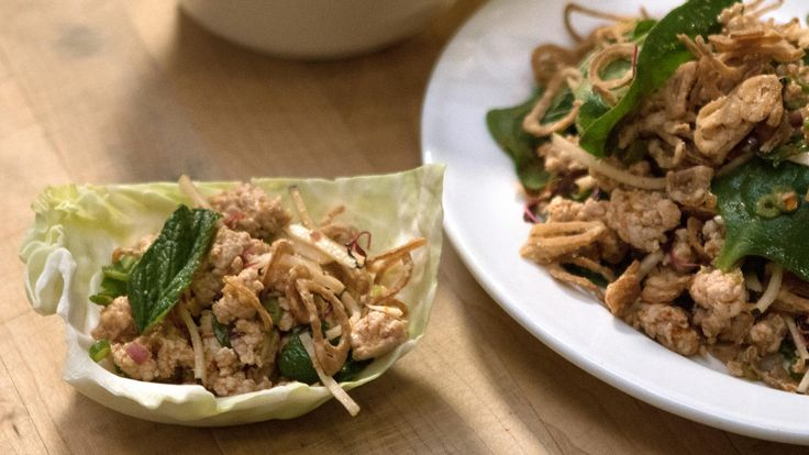Chicken Larb Cabbage Cups with Sriracha, Lime, and Green Beans Recipe - (change the oil)