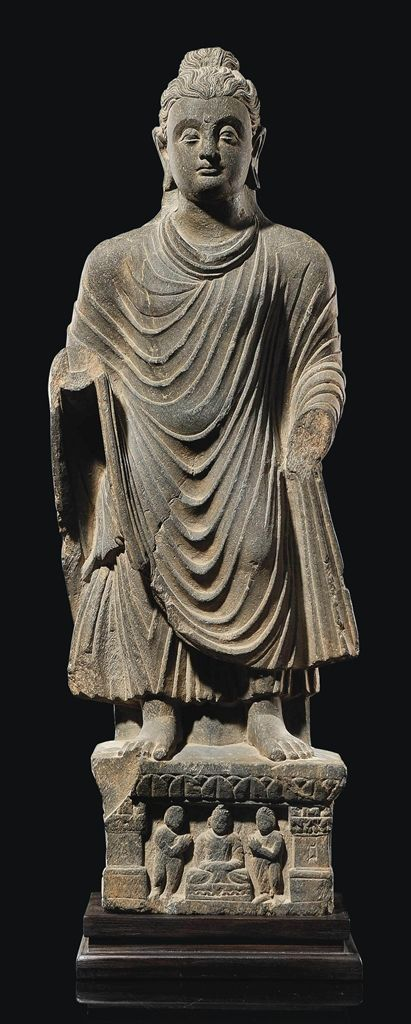 A GREY SCHIST STATUE OF BUDDHA GANDHARA, 2ND/4TH CENTURY
